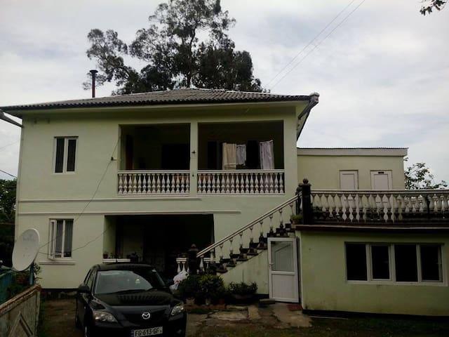 gonio\kvariati - Gonio - บ้าน