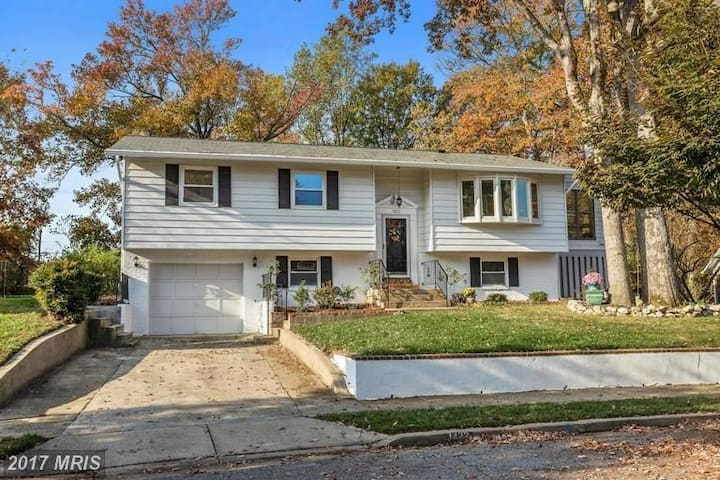 Annapolis Rental - Large Family Home