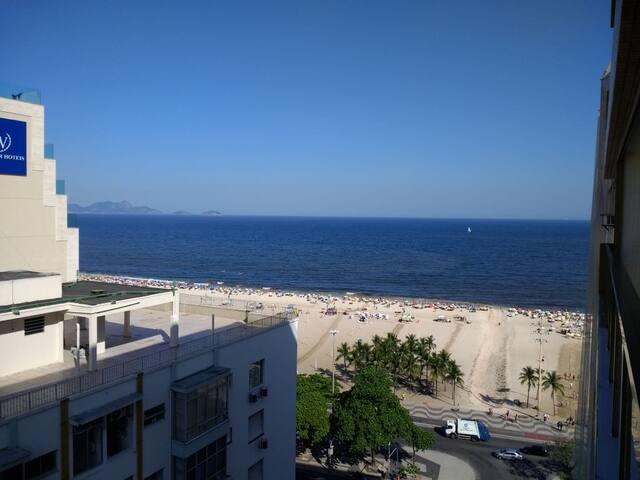 Flat com vista espetacular na praia de Copacabana