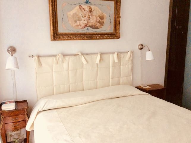 The bedroom, with double bed (240x220) and high quality materass, for winter and summer.