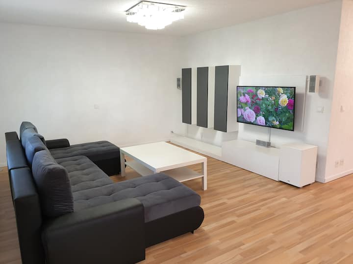 Modern 3 room apartment near Audi, Lidl, Kaufland