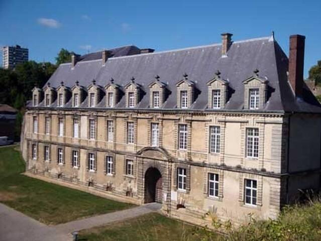 An appartement in Palais des Princes