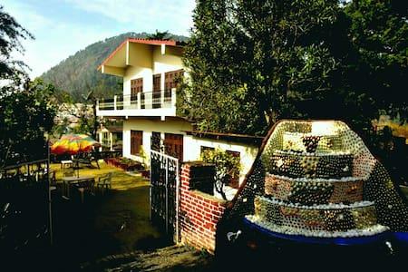 Rendezvous - Seven Milestone Hill Villa - Bhimtal - Villa