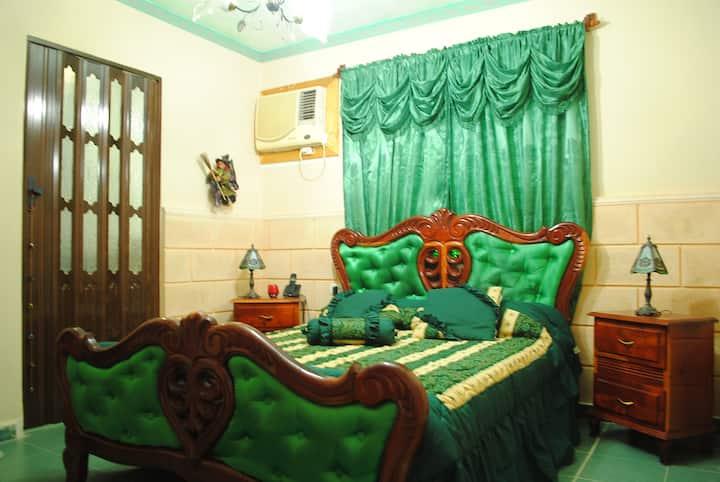 """""""Hostal Jose Cuba"""" Apartamento de lujo + desayuno"""