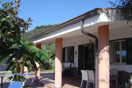 Top vakantiehuis met Uitzicht, Ricadi