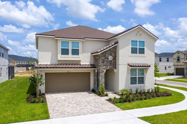 Solara Resort Home with Private Pool   Close to Disney and Attractions   963