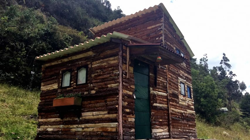 Amazing fully equiped cabin for 2+ - Guasca - Stuga
