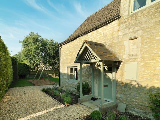 Home Farm Cottage - Cirencester - Huis