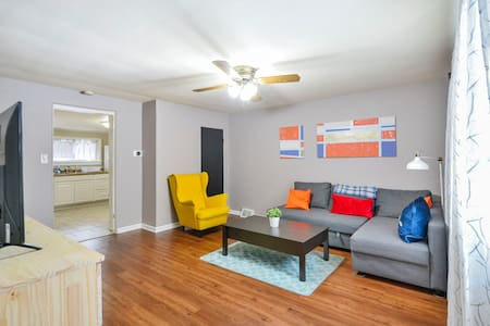 Bright & Stylish Home - Minutes from Everything!