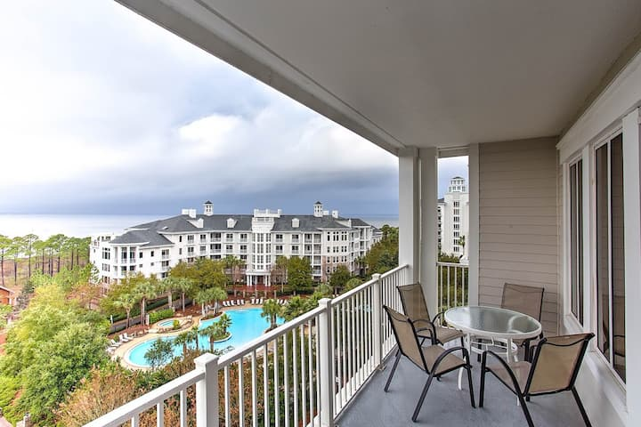 Bay Views & sunsets from 2 bedroom Grand Sandestin