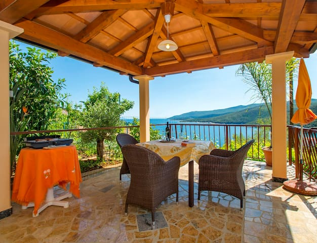 Small appartment for great holiday - Rabac - Lakás