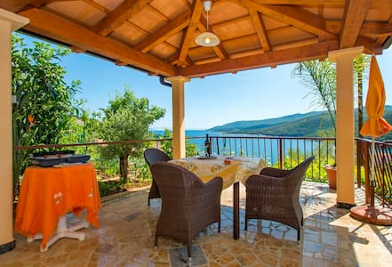 Small appartment for great holiday - Rabac