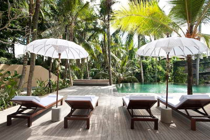 Luxurious Double Or Twin Deluxe At Ubud