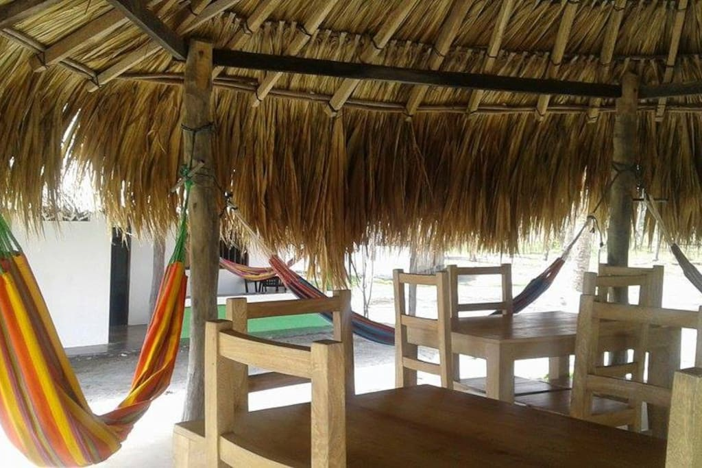 las hamacas invitan al descanso y relax absoluto