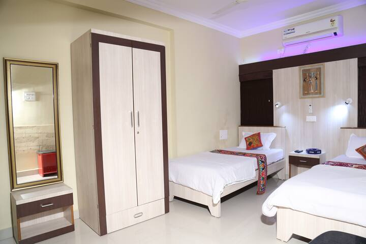 Air conditioned Master bedroom with attached toilet for 2