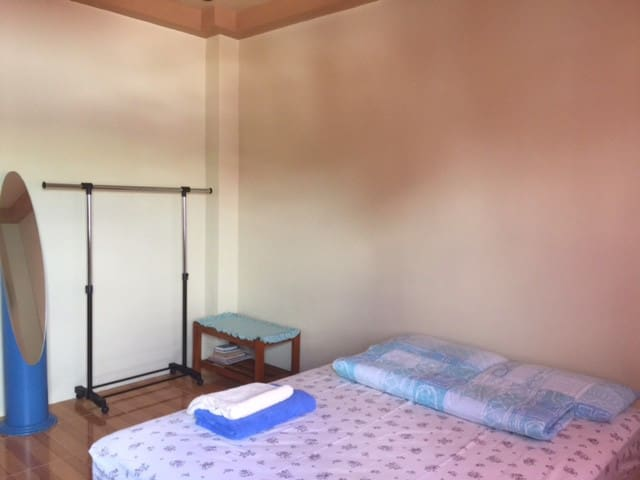 Basic Room near SM Lanang