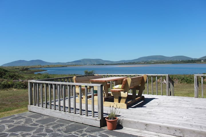 Waterville Bay Cottage - Spectacular seaside views