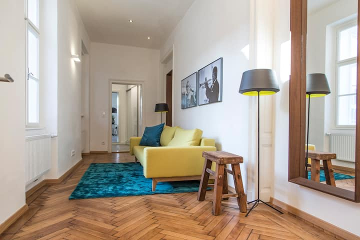 Superior Apartment in the city centre of Krems with view