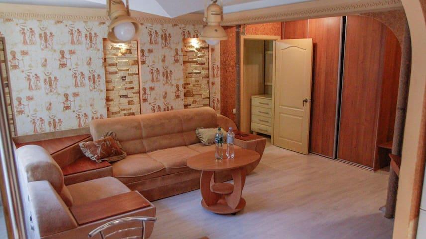 Уютная 2 комн квартира в самом центре Кропивницого