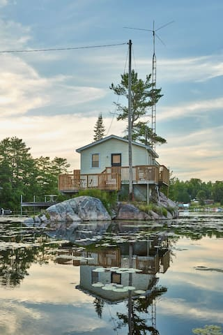 Lotus Loft Island Cottage