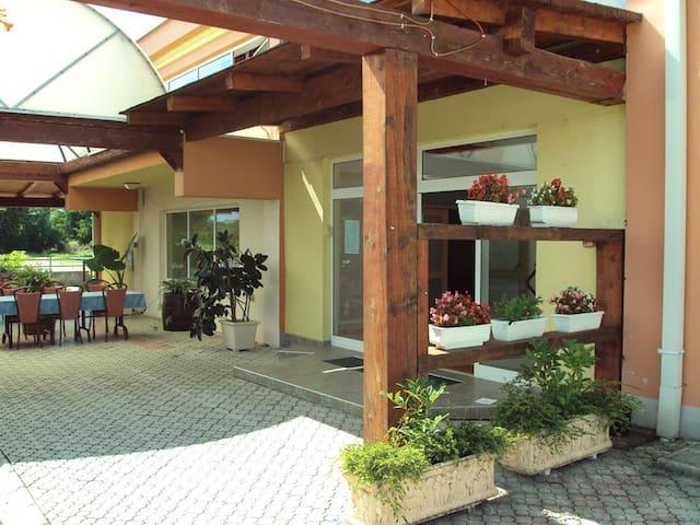XXL Glamour - Mostar - Appartement