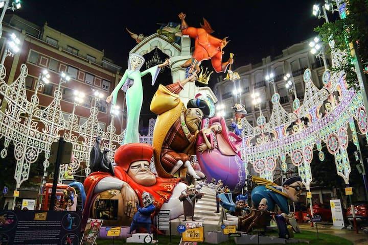 Fallas Valencia-Ruzafa 2015 (Calle Sueca)