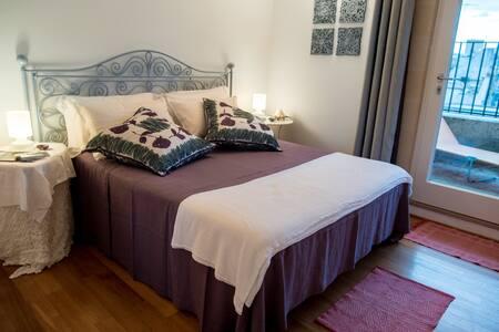 charme & relax - la stanza amaranto - Lecce