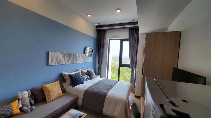 8号线精装一居室3400起中央空调+地暖地铁直达人民广场随时看房(可押一付一无中介费)