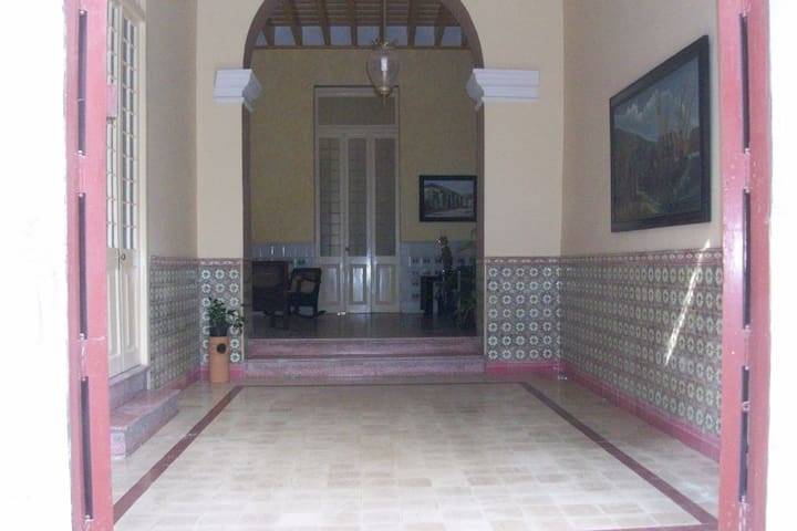 Hostal 1810. Habitacion 1