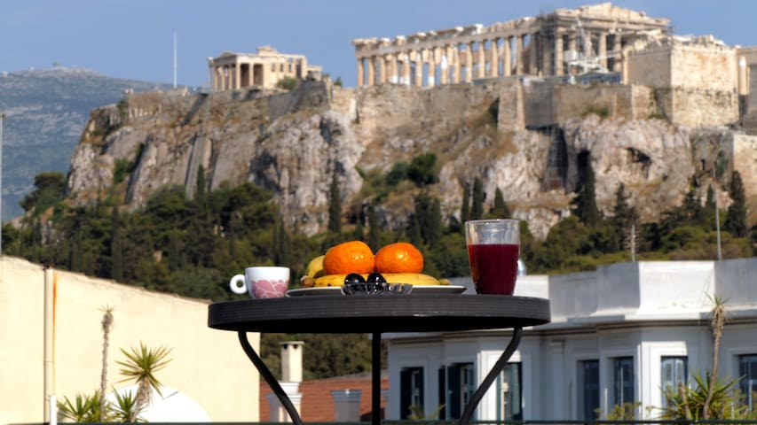 Happy Place at the foot of Acropolis - Athens - Leilighet
