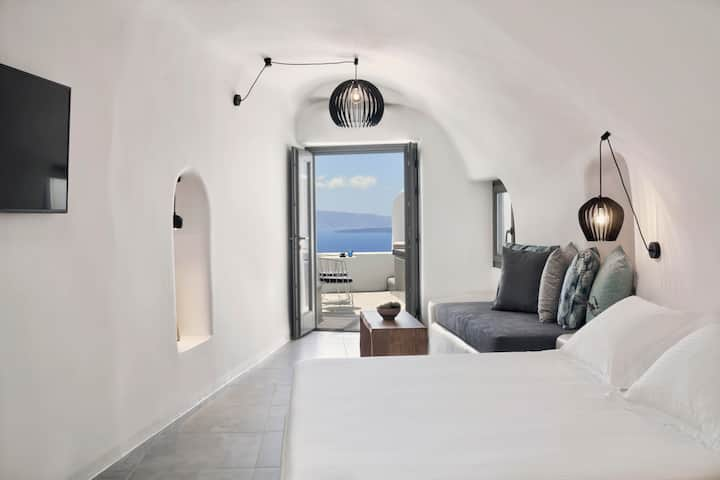 Alisaris Superior Suite Caldera View  & Hot Tub