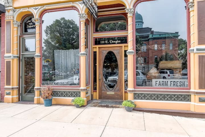 Conveniently located on the town square overlooking the historic 1896 Menard County Courthouse and next door to Hand of Fate Brewery.