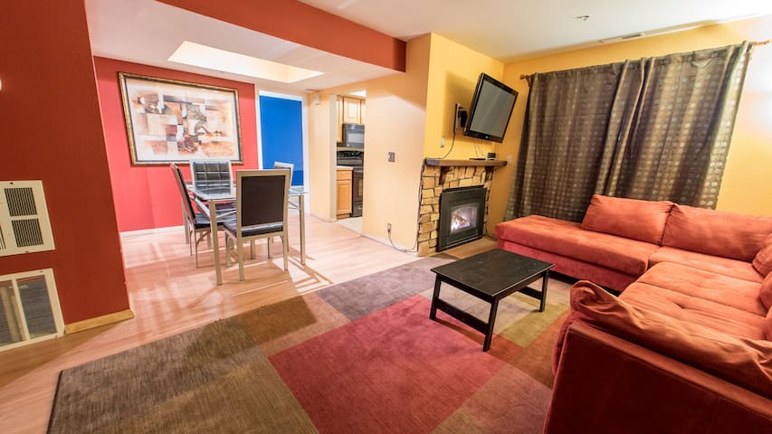 Park City Condo! King Bed, Murphy Bed, Fireplace - Park City - Condominio