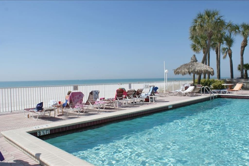 Great Gulf Front 2b2b Beach Pool John 39 S Pass Condominiums For Rent In Madeira Beach