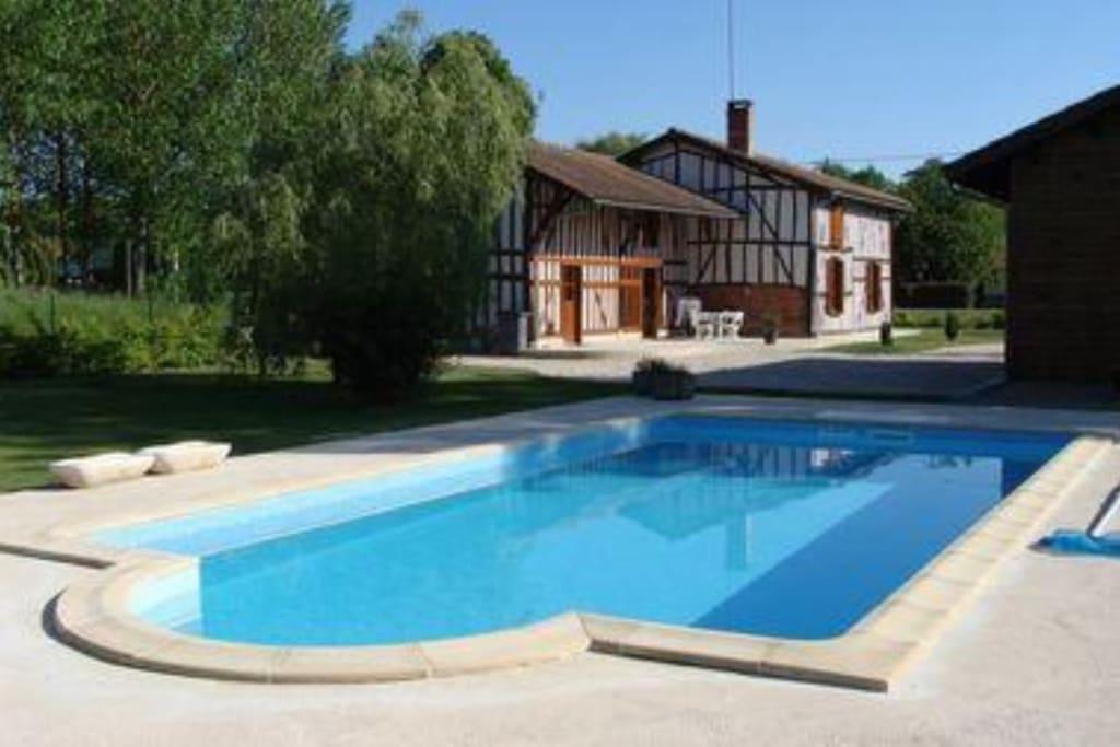 Tr s belle maison champenoise piscine lac du der for Piscine lorraine