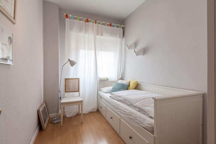 Alquilo habitación (o piso entero) por días