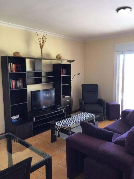 Wohnzimmer +TV
