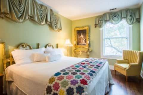 Louis XVI Bedroom at Maison Papillon