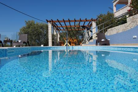 Stunning sea view apart. w pool, gym, bbq... (B1) - Prižba - Lakás