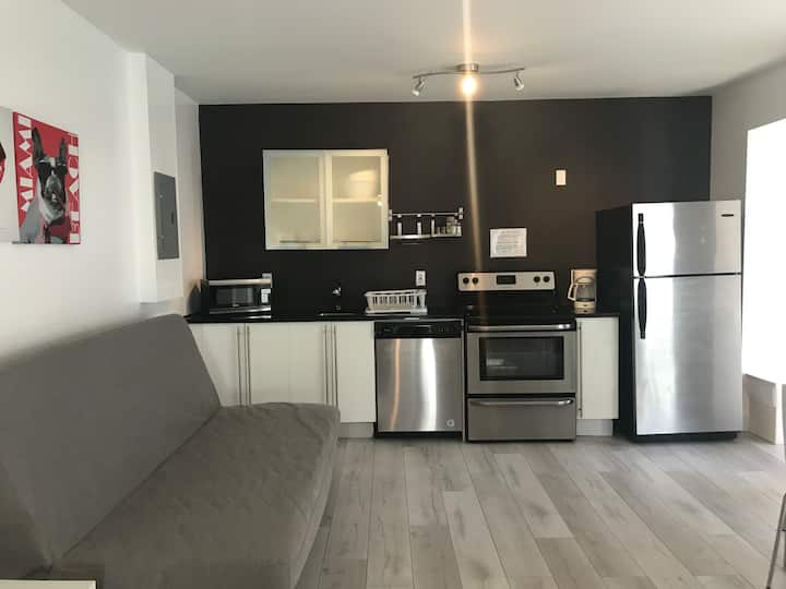 Best Price & Location in the Heart of South Beach