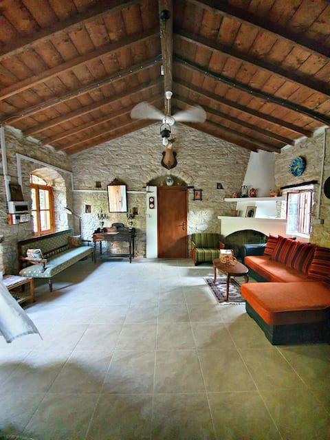 Casa Dionísio em Lania