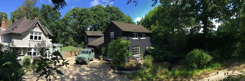 Abbey Spring Cottage B&B - Forest Hideaway for Two