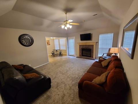 Coweta King Suite Comfort
