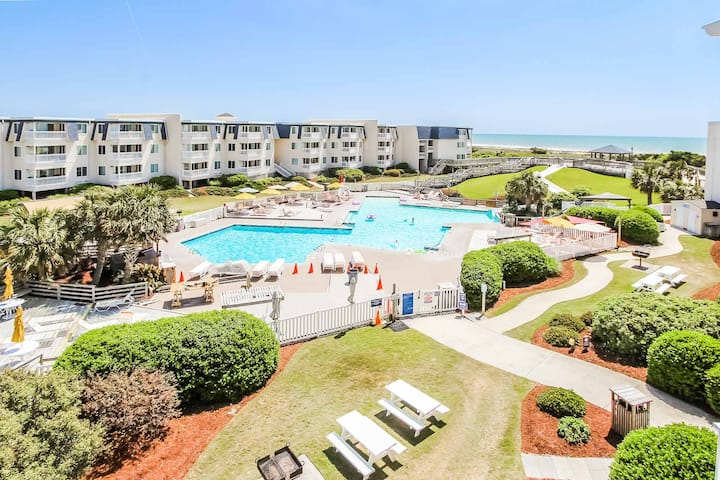 CONDO AT OCEANFRONT RESORT! GREAT AMENITIES SLPS 6