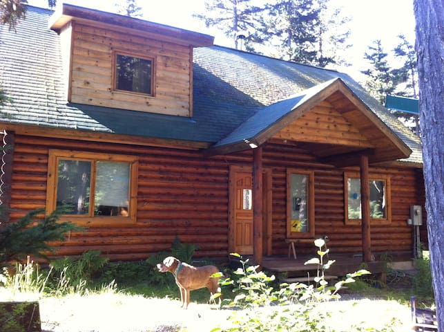 Cozy Girdwood Log Home Get-away - Anchorage - Hus