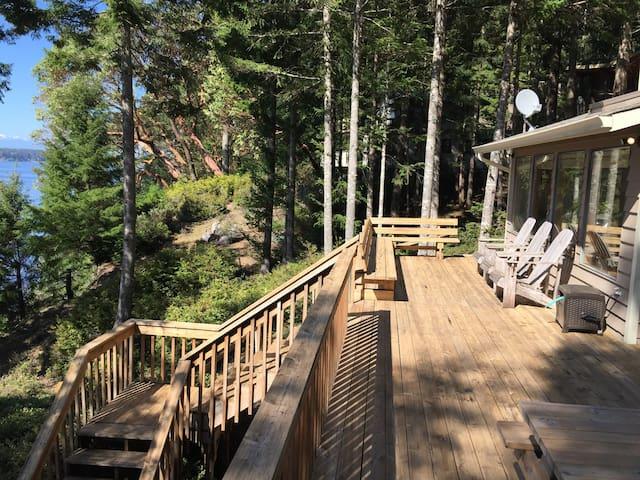 Private Waterfront Getaway - Lakebay - Casa