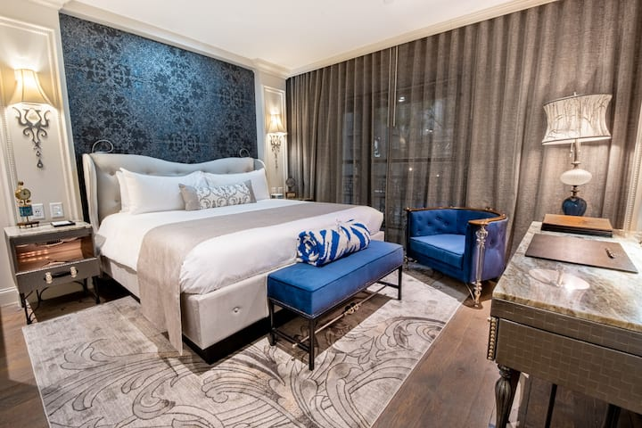 Iveys Suite