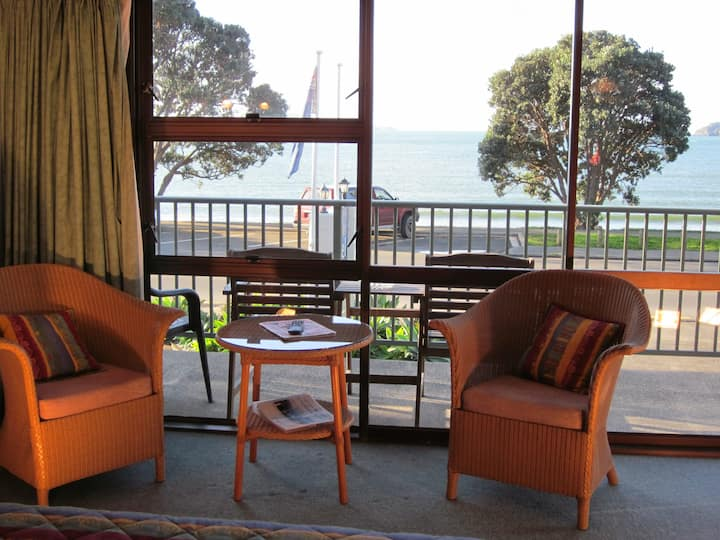 Bay Sands Seafront Studios, Paihia, Ground Floor
