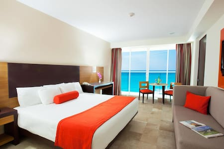 Breathtaking Caribbean Sea View Bed and Breakfast - Cancún - Bed & Breakfast