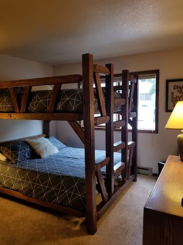 Double Queen Memory Foam Mattresses in Bedroom 2